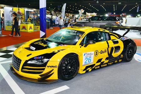 modificar: BKK. 24 TAILANDIA-junio: Audi R8 está representada en Bangkok International Auto Salon 2015, 24-28 de junio de 2015 en Bangkok, Tailandia. Evento de la decoración y modificar coche en Tailandia y Japón también.