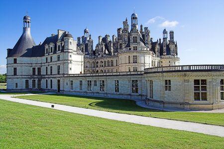 chambord: Chateau Chambord, side view