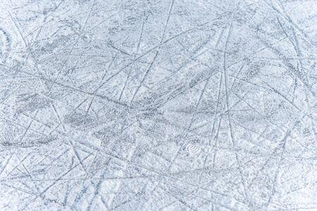 a trace on the ice left by skates on the rink Zdjęcie Seryjne