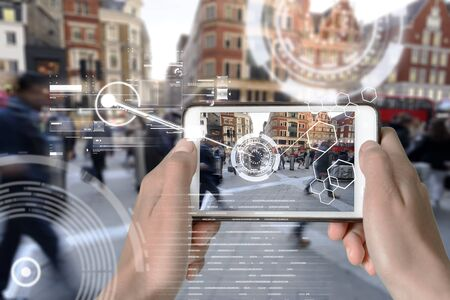Augmented Reality device using smart technology, mixing virtual and augmentation reality through the application of artificial intelligence and computer AI tech assistance for urban navigation Zdjęcie Seryjne