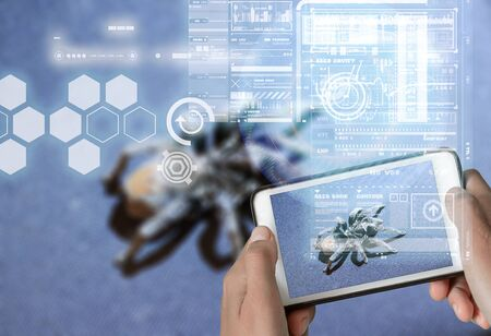Augmented Reality device using smart technology, mixing virtual and augmentation reality through the application of artificial intelligence and computer AI tech assistance for identifying toxic poisonous animals and insects