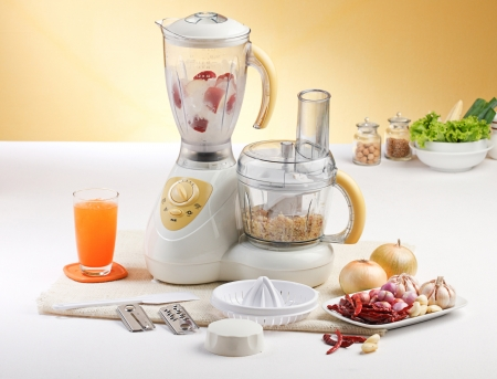 Vegetables or fruits blending machine on the kitchen  Stock Photo - 15671664