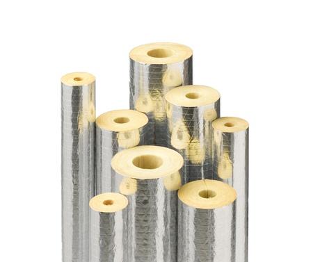 Rollo de tuber�as aislantes para envolver tuber�a en la planta de refiner�a Foto de archivo - 15821748