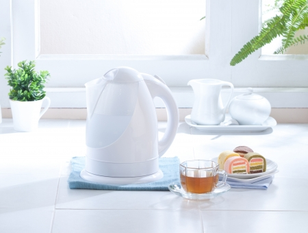 cute design of the electric kettle for your kitchen Stock Photo - 16654158