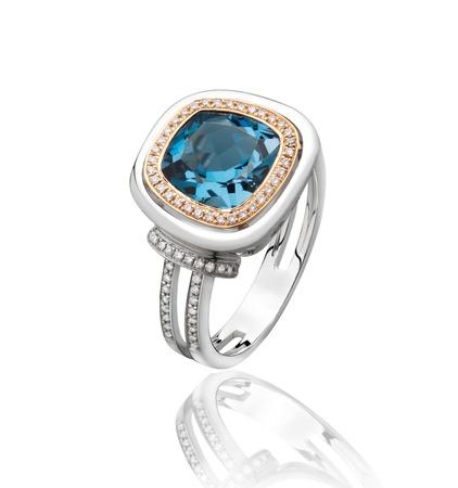 edelstenen: Grootste geschenk van de blauwe saffier diamanten ring