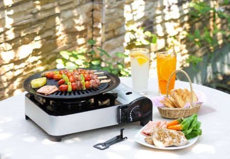toaster: Outdoor barbecue and grill