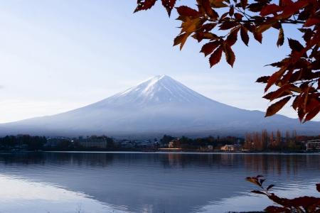 Красота гора Фудзи от озера Кавагути зрения Фото со стока