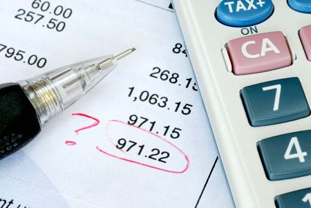 Find a mistake when auditing the financial statement or bank statement