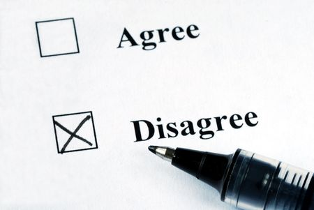 disapprove: Select the Disagree option with a pen Stock Photo