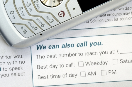 reach customers: Best time to reach customers concepts of service and support