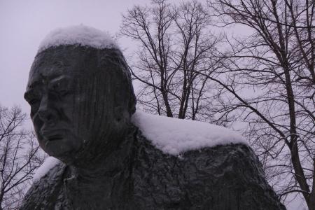 winston: Snow covered head of Winston Churchill statue Stock Photo