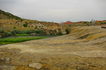 hot springs: Mineral hot springs at Thermopolis in Wyoming