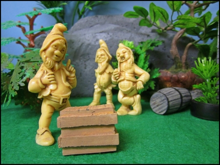 A diorama made of gnomes minitures