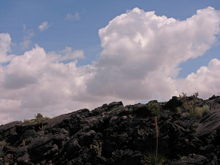 new horizon: Horizon view of lava deposits at the Valley of Fires in New Mexico. Stock Photo