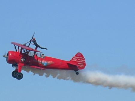 Wing walker at the Atlantic Air Show in Nova Scotia Banco de Imagens - 85669245