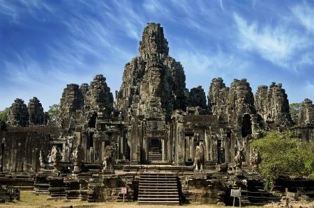 hinduismo: Antiguo budista templo khmer en Angkor Wat, Camboya.