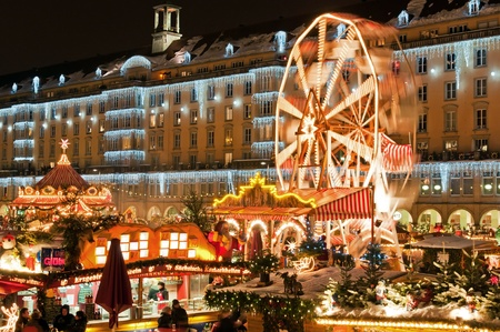 night market: DRESDEN, GERMANY - 20 DECEMBER: An unidentified group of people enjoy Christmas market in Dresden on December 20, 2010 in Dresden, Germany. It is Germanys oldest Christmas Market with a very long history dating back to 1434.