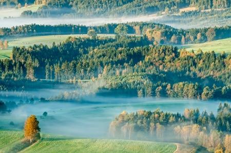 czech switzerland: Alba in una bella montagna di Ceco-Sassonia Svizzera. Archivio Fotografico
