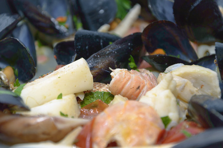 mussels: pasta with shrimp and mussels