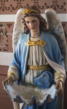 Blauwe engel standbeeld