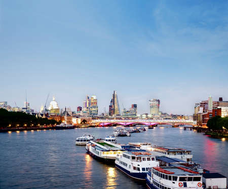 river scape: Skyline of London with a beautiful day.