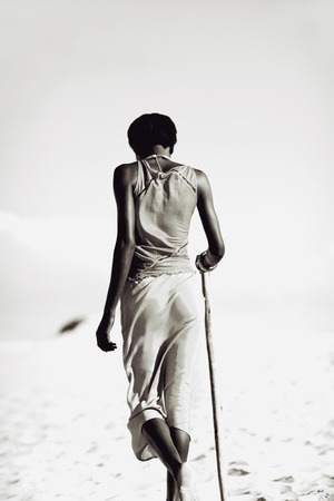 tribales: Mujer tribal Foto de archivo