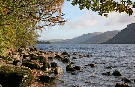 Landscape View of Lake Ullswater, Lake District, Cumbria, England 스톡 콘텐츠