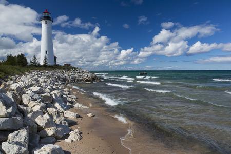 鮮明なポイント灯台