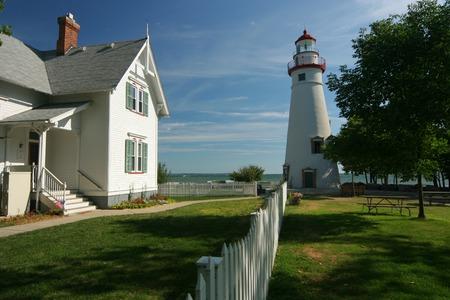 古いエリー湖灯台