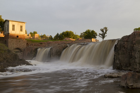 sioux: Sioux Falls Waterfall In South Dakota Editorial
