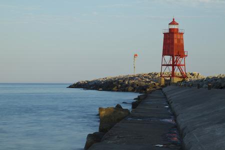 lake michigan lighthouse: Racine Faro Pier