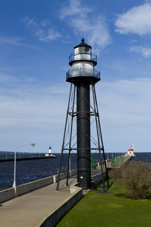 great danger: Duluth Canal Lighthouses
