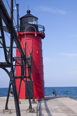lake michigan lighthouse: Faro de South Haven