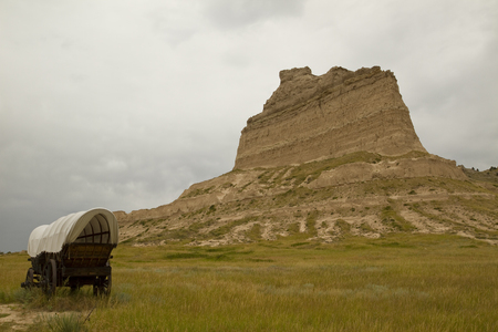 bluff: Covered Wagon with Rock Formation