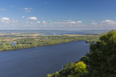 ミシシッピ川の風光明媚なビュー。 写真素材