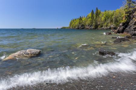 スペリオル湖の風光明媚な風景