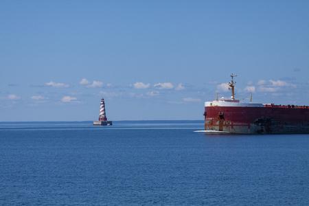 Ship Passing By White Shoal Lighthouse Reklamní fotografie
