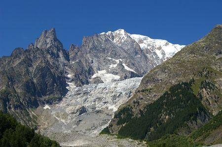 courmayeur: Macizo del Mont Blanc, Alpes, de Courmayeur, Italia