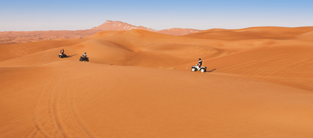 desert safari experience with atv 4x4 vehicles Imagens