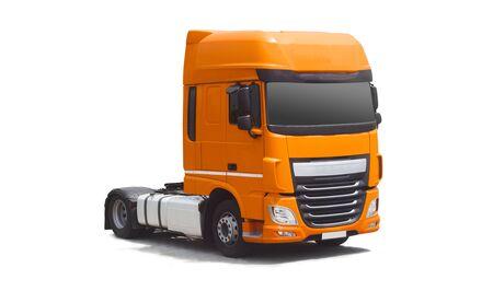 camion isolé sur fond blanc. notion de transports