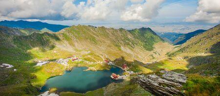 Balea lake in Fagaras mountains, Romania Banque d'images