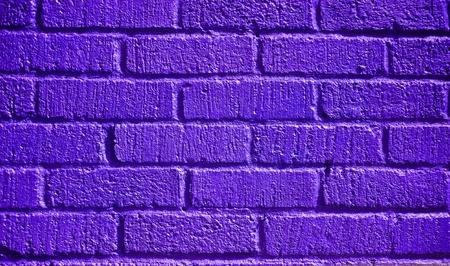 グランジ効果で紫テクスチャ レンガの壁