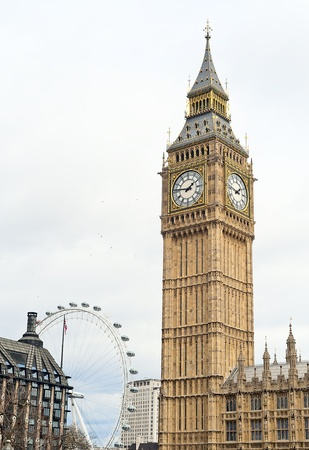 the tower that houses big ben Stock Photo - 13276792