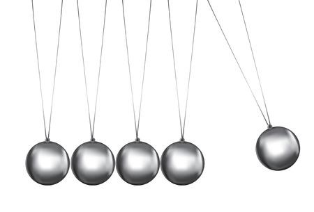 newtons cradle vistos desde delante de bolas de plata