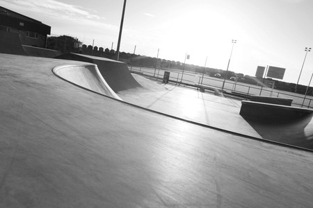public skatepark in harwich, essex. For bikes, scooters and saketboards. Concrete. Stockfoto