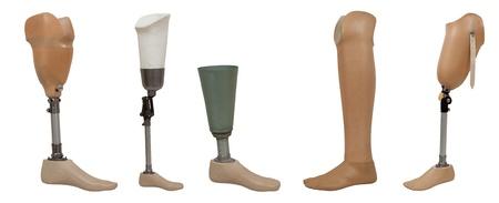 piernas hombre: Cinco pierna ortop�dica aislado en un fondo blanco Foto de archivo