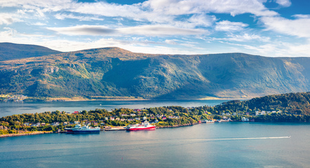From the bird's eye view of Alesund port, Geirangerfjord, Norway. Nice summer scene of the Nord. Traveling concept background. Foto de archivo - 116550321