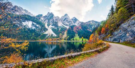 Wonderful autumn scene of Vorderer ( Gosausee ) lake. Attractive morning view of Austrian Alps, Upper Austria, Europe. Traveling concept background. Orton Effect. Zdjęcie Seryjne