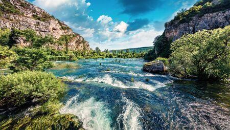 Splendid summer view of Krka waterfalls. Fantastic morning scene of Krka National Park, Roski Slap location, Croatia, Europe. Beautiful world of Mediterranean countries. 免版税图像