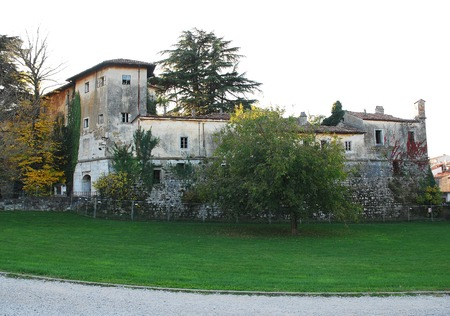 recieve: Gradisca dIsonso Castle in Friuli, north east Italy. Built in the late 15th century, it was enlarged during the 16th and 17th centuries, and was later used as a jail. Today, this state-owned building is in very bad condition, and it failed to recieve any Editorial
